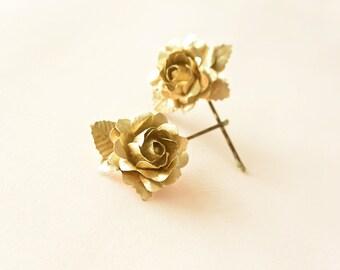 Gold flower hair pins, gold rose hair clips, wedding hair accessories, small hair flowers - set of 2