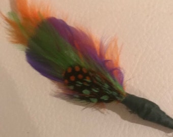 Custom Color Boutonniere, Feather Boutonniere,  Wedding Boutonniere or Corsage, Groomsmen