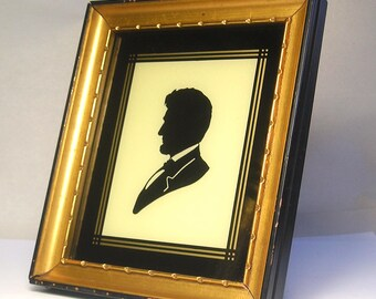 An Antique Silhouette of Abraham Lincoln A1