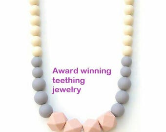 mommy necklace, nursing necklace, chewelry, breastfeeding necklace, silicone necklace, silicone teething necklace, necklace for mom,