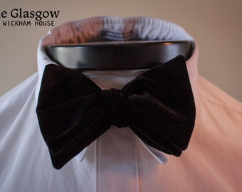 The Glasgow - Our big bow tie in black velvet