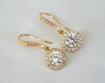 Set of 7 Bridesmaid Earrings Halo Earrings Silver or Gold 7 Pair Earrings Crystal Bridal Jewelry Wedding Jewelry
