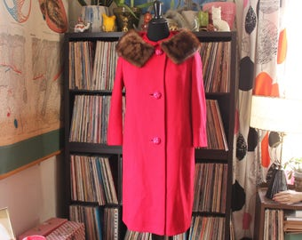 vintage 1960s coat with fur trim collar by Siari . long bright red winter coat, womens medium large xl . midlength coat 60s