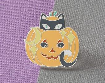 Jack-o'-Lantern Kitty Enamel Pin // Halloween Pin /Badge/ Lapel Pin // Creepy Cute / Cat Pin