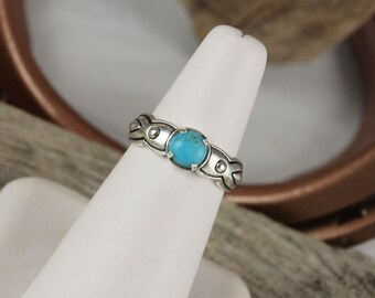 Sterling Silver Ring -Blue Kingman Turquoise Ring -Friendship Ring - Statement Ring with a 6mm Natural Blue Kingman Turquoise Stone