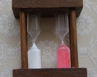 Egg Timer, Double Egg Timer, 3 Or 5 Minute Boil, Wood Spindle, Vintage Kitchenalia, Kitchen Decor, Sand Timer, Classic Housewares, Pink Sand