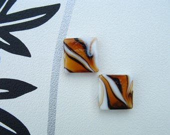Set of 2 square beads NEMO color amber 20x20mm