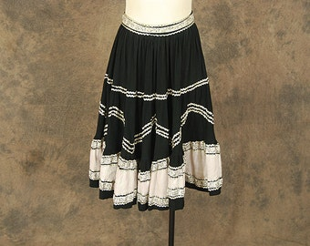 vintage 50s Circle Skirt - Black White and Silver Patio Skirt 1950s Country Western Skirt Sz S