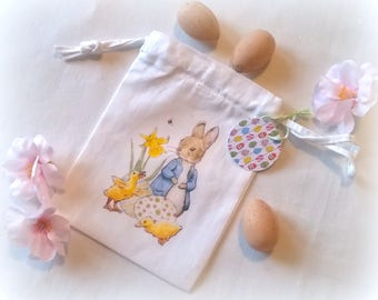 Small fabric bag personalized retro Bunny and chicks image Easter