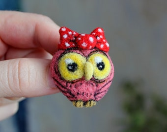 Owl felt brooch, Felt Owl Brooch **READY TO SHIP**