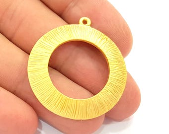 Gold Circle Pendant Gold Plated Pendant (33mm)  G8447