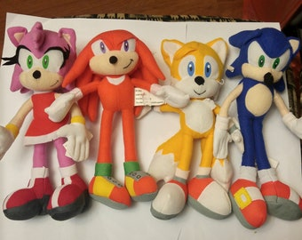 Lot Of 4 Sonic The Hedgehog Plush