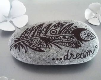 """Pebble handpainted """"dream"""", feather"""