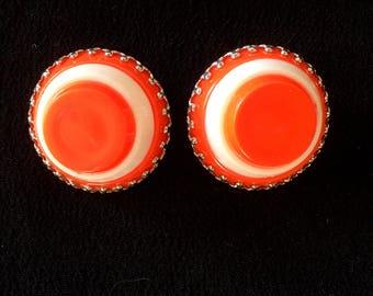 Vintage earrings clips cakes orange or brown