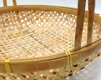 "very large delicate wicker basket round vintage basket with handle display basket wedding mid century 15"" round 3"" deep 17"" tall yesteryears"