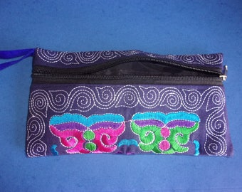 Clutch/pouch ethnic multicolor embroidered hand - 21 x 11 cm