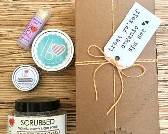 Lavender Lovers Treat Yo'Self // Organic Spa Gift Set