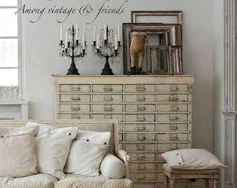 Vintage by Nina - Among Vintage and Friends