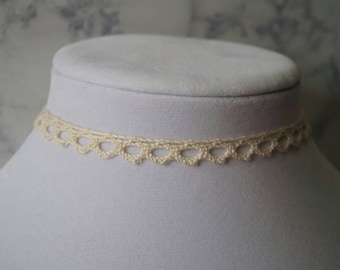 Crocheted choker necklace