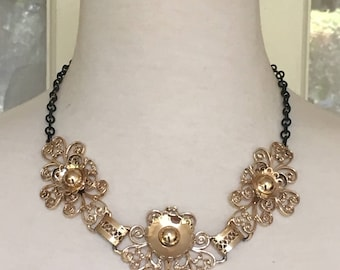 Statement 1970's Gold Necklace and Earring Set