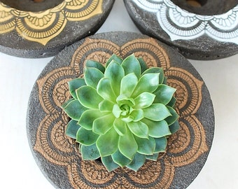 Concrete Mandala Planter - Round Planter - Centerpiece - Zen Decor - Sacred Geometry