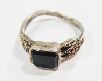 Vintage Silver 925 RIng w/ Black Stone Size 6.5