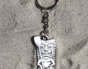 antique silver paddle tiki keychain