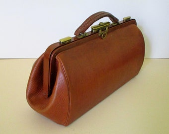 Lovely Antique French Leather Doctors Bag-Leather Travel Bag-Carry On Bag-Beautiful Textured Leather-Original Production Tag-Great Condition