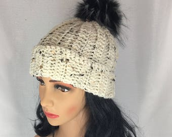 Crochet pompom beanie, women winter toque, knit beige hat, crochet women hat, winter crochet hat, chunky hat, beanie hat