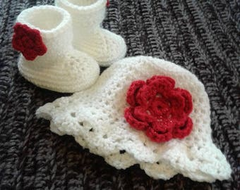 Flower Hat & Booties Set Size 0-12mo
