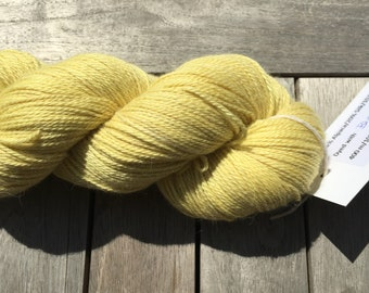 Naturally dyed yarn - Birch leaves on grey Alpaca/Cashmere/Silk