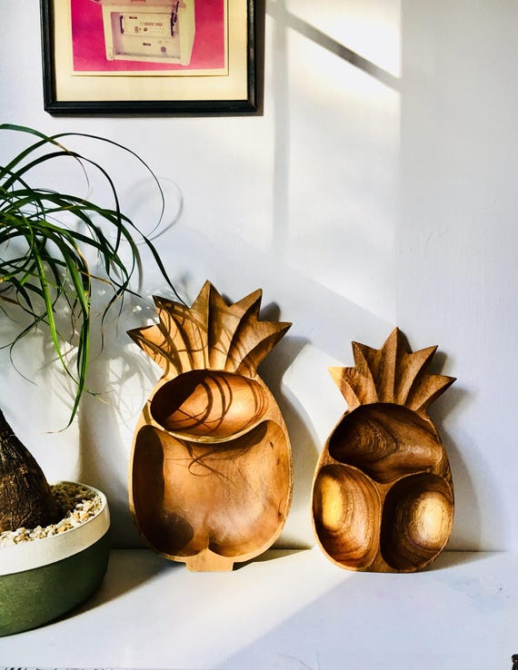 Pair of Wooden Pineapple Serving Dishes - Vintage Pineapple Decor - Boho Home Decor - Large Monkeypod Dishes
