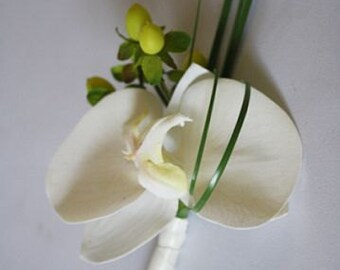 Boutonniere OR corsage, white/ivory/off white, phalaenopsis, orchid, green, berries, Real Touch flowers, silk, wedding, prom