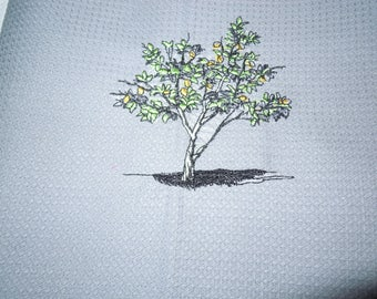 Gray cloth nest d bee embroidered, with white piping