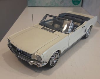 Danbury Mint 1966 Mustang convertible