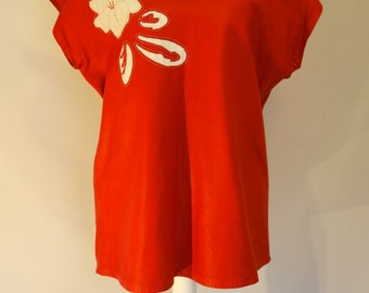 RED LEATHER Vintage 1980's top with white flower design: UK 10 - 12 / Medium
