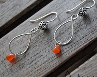earrings with carnelian