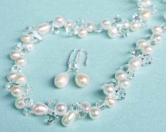 Wedding Jewelry SET. Pearl Wedding Jewellery SET, Freshwater Pearl Necklace and Earrings SET