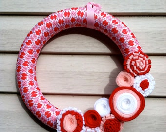 Valentine's Day Wreath - Red, Pink & White Argyle Ribbon Wreath decorated w/ felt flowers. Valentine Wreath - Valentine's Day Decoration