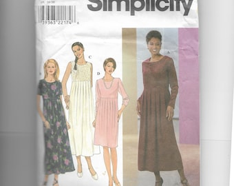 Simplicity Misses' / Miss Petite Dress Pattern 8400