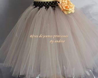 Tutu skirt made of soft tulle with detachable flower