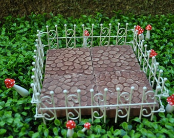 Four-Sided Wrought Iron Fence