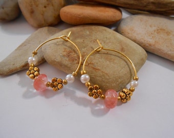 Coral pink hoop earrings Pink agate stone earrings Gold hoop earrings Pearl hoop earrings Flower hoop earrings Pink and gold Dainty Earrings