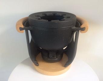 Richard Nissen Cast Iron Fondue Pot And Heating Stand