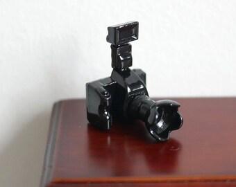 Miniature Dollhouse 1:12 camera