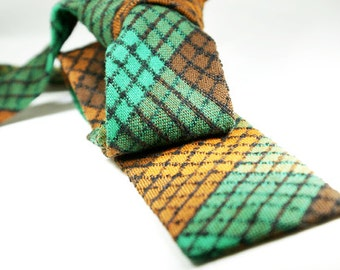 """Vintage rare """"Trimshape"""" skinny tie from the 1940's by Cavalier Cravat Company of Louisville."""