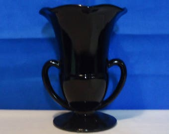 012518 02 L. E. Smith Black Amethyst Fluted Love Cup
