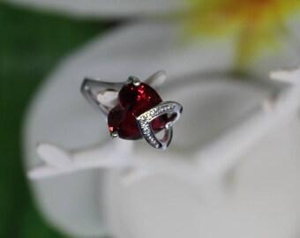 Valentine ring