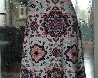 White Medallion Everyday Skirt
