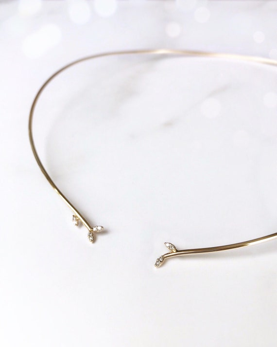 Leaf Collar Necklace